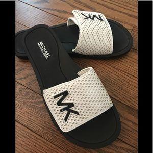 NWOB Michael Kors Slide-On Sandals